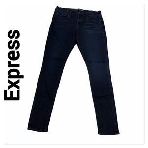 EXPRESS Mid Rise Super Soft Legging Jean 10